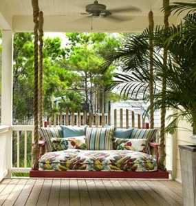 september_blog1_daybed_porch_swing_myhomeideas