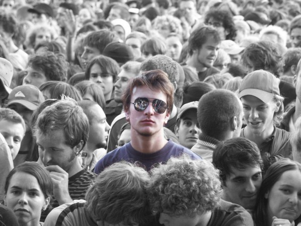 Alone_in_the_Crowd_by_Cunny1988-600x450